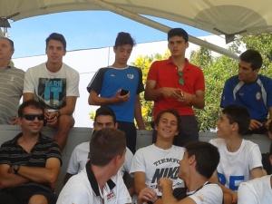 Juveniles de Real Madrid y Rayo Majadahonda vieron juntos el partido