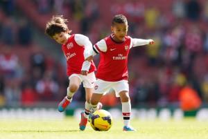 Arsenal tiene equipos de cantera hasta de benjamines